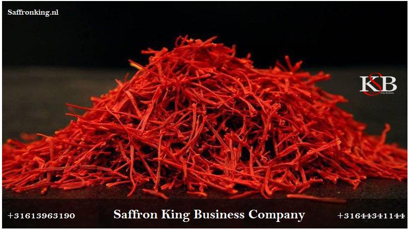 Purchasing bulk saffron for export in Mashhad
